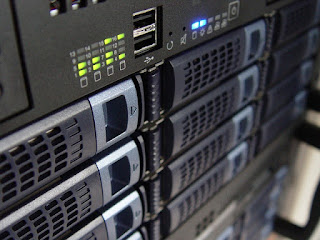 dedicated Web Server , what is web hosting and how does it work