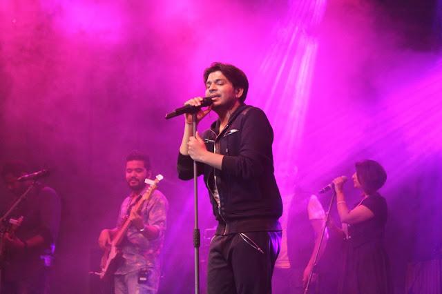 Ankit Tiwari performing at Dublin Square, Phoenix Marketcity, Kurla