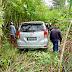 Mobil Anggota DPRD Puncak Masuk Semak-Semak di Jalan ke Kwamki Narama Mimika