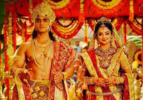 Actors  Ashish Sharma as Raman and Madirakshi Mundle as Seetha in Seethayanam serial on Asianet