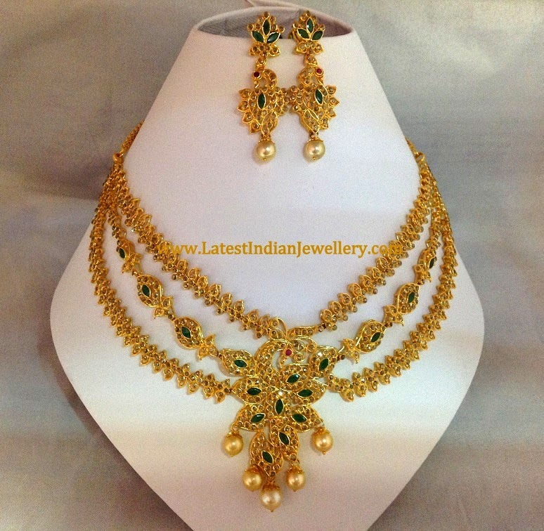 Uncut Diamond Emerald Necklace Set