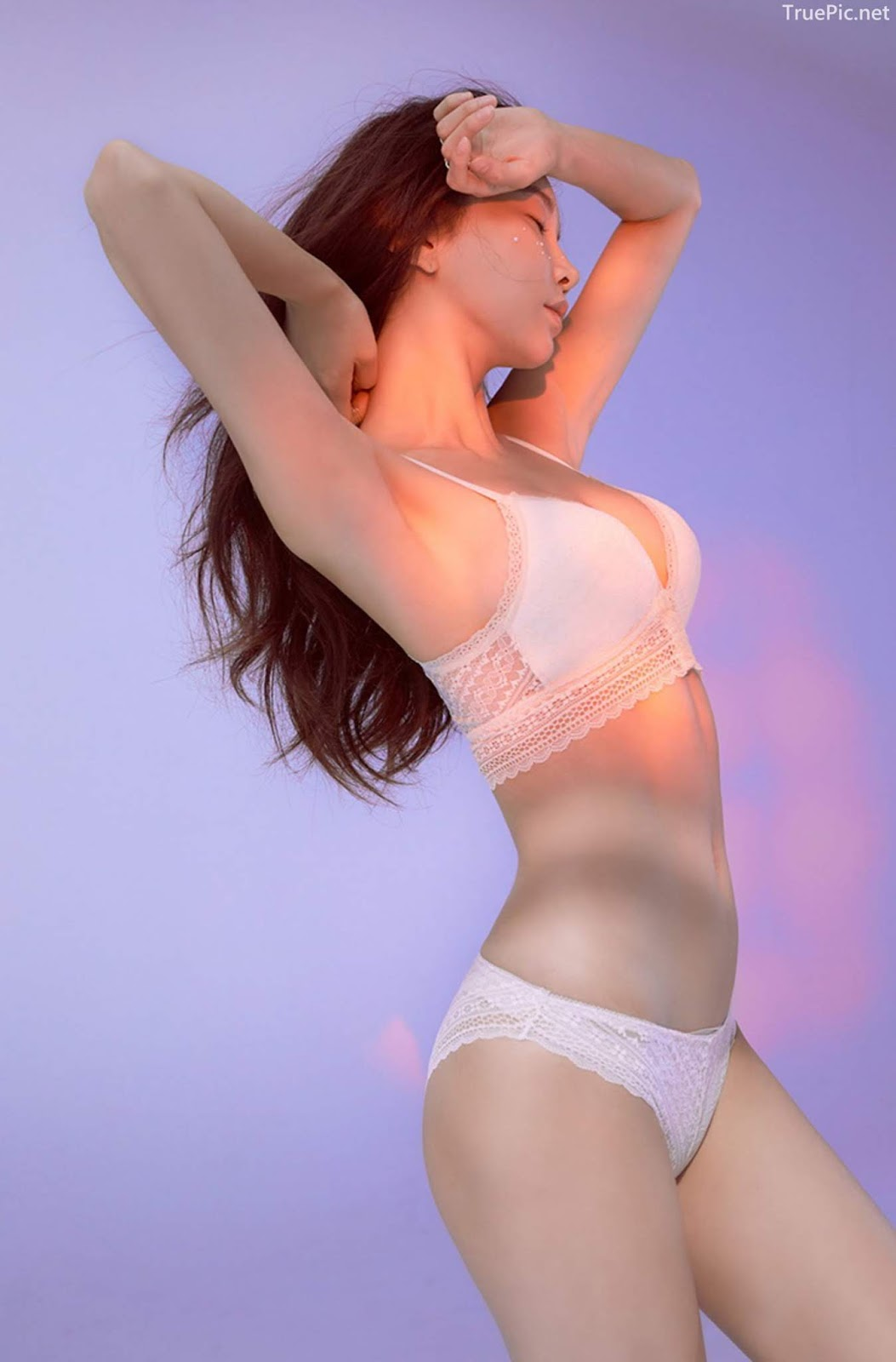 Korean model and fashion - Park Soo Yeon - Beautiful White Bralette Lingerie Set - Picture 6