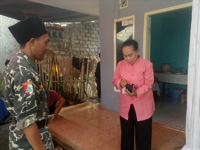 Temukan Dompet, Anggota Banser Serahkan ke Rumah Pemiliknya