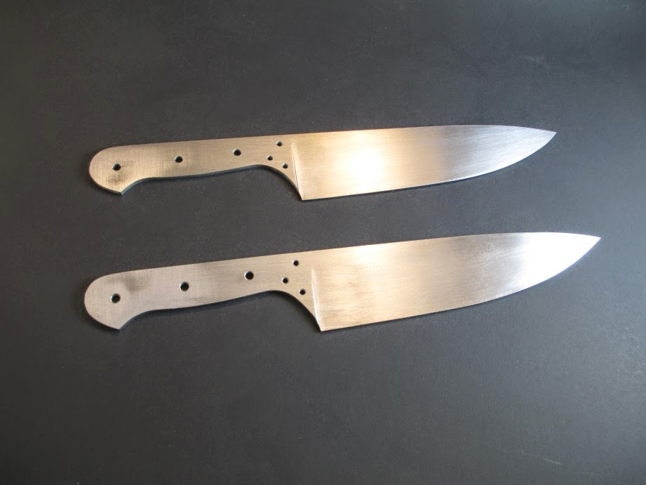 shallow bolster on chef's knife pair