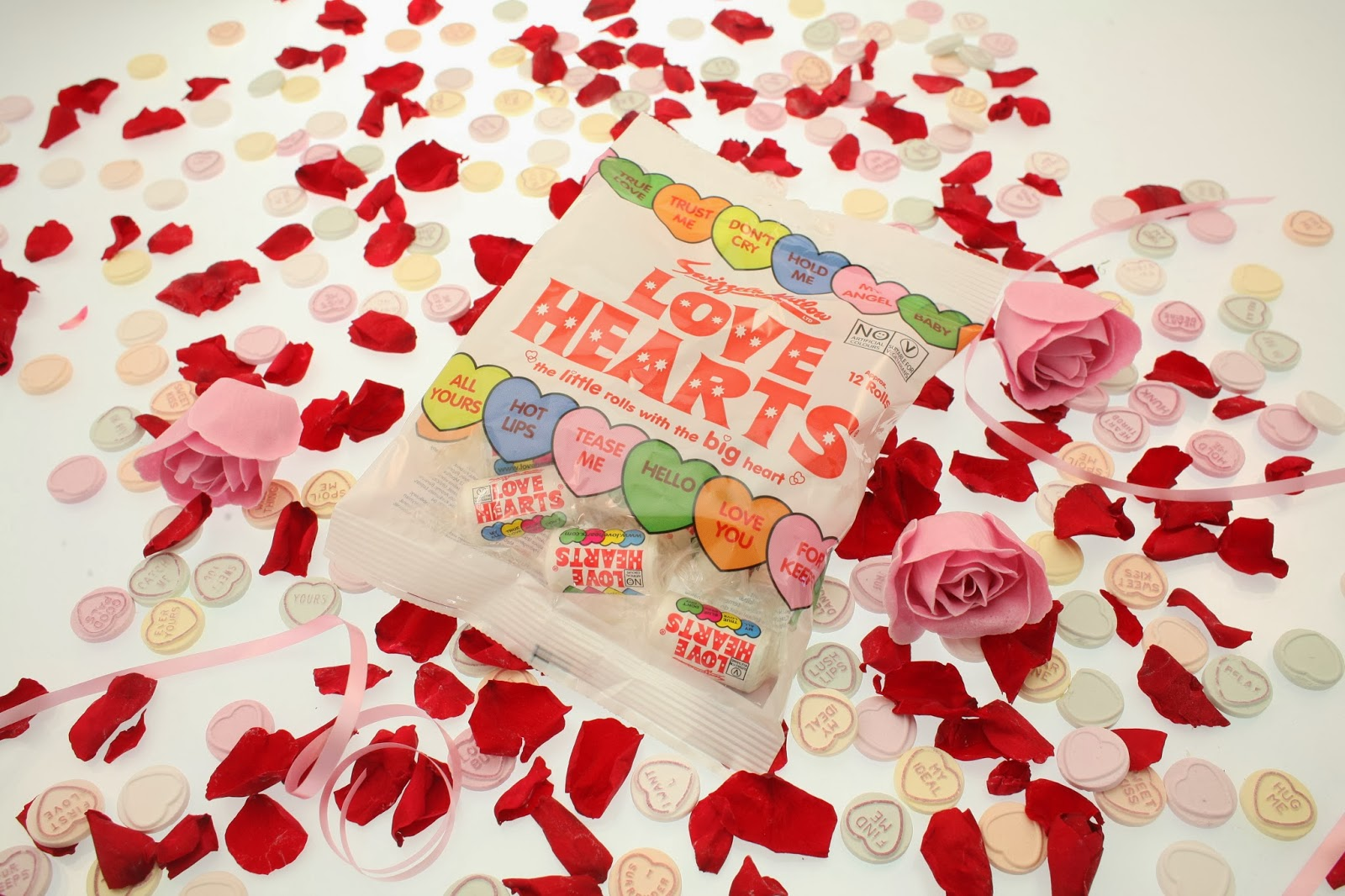 Love Hearts Mini Rolls Bag, Love Hearts Valentine's Day, Limited Edition Love Hearts Tin