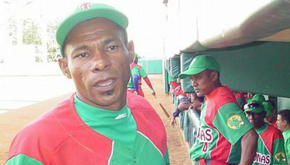 Las Tunas anunció la salida de Ermidelio Urrutia como manager del equipo de béisbol de esta provincia por decisión propia