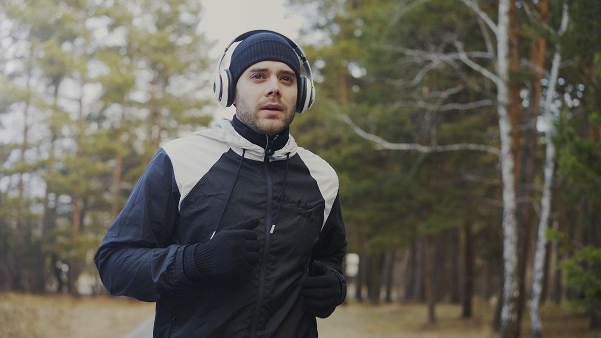 Όλα τα μυστικά για να γυμναστείτε με ασφάλεια στο κρύο