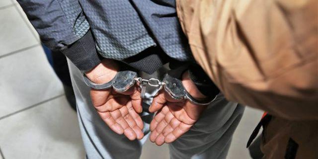 المهدية : القبض على شخص سرق 4000 دينار من داخل سيارة