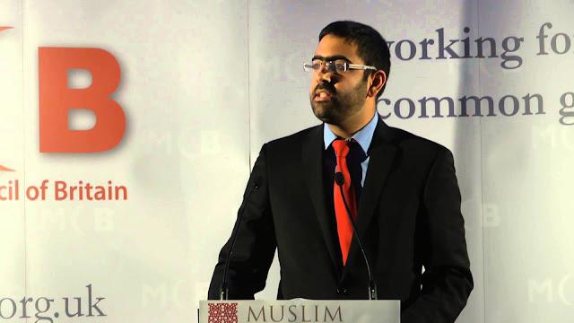 Pria Ini Gemar Koreksi Berita Keliru Tentang Islam, Bahkan Sampai 8 Kali Ralat!