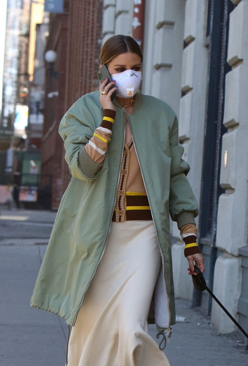Olivia Palermo Clicked Outside with Her Dog in Brooklyn 5 May -2020