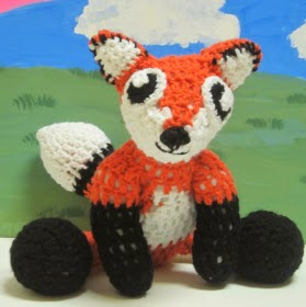 http://translate.googleusercontent.com/translate_c?depth=1&hl=es&rurl=translate.google.es&sl=en&tl=es&u=http://craftyghoul.com/2013/04/22/fox-doll-crochet-pattern/&usg=ALkJrhi5-t3aACXSH-Cdy5R10wVT-mRZxA