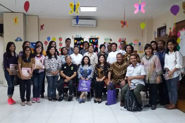 Transisi: Sikap Gereja dan keluarga Kristen terhadap LGBT