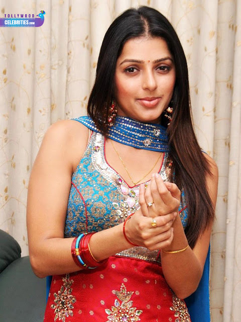 Tollywood Celebrities Bhumika Chawla Profile