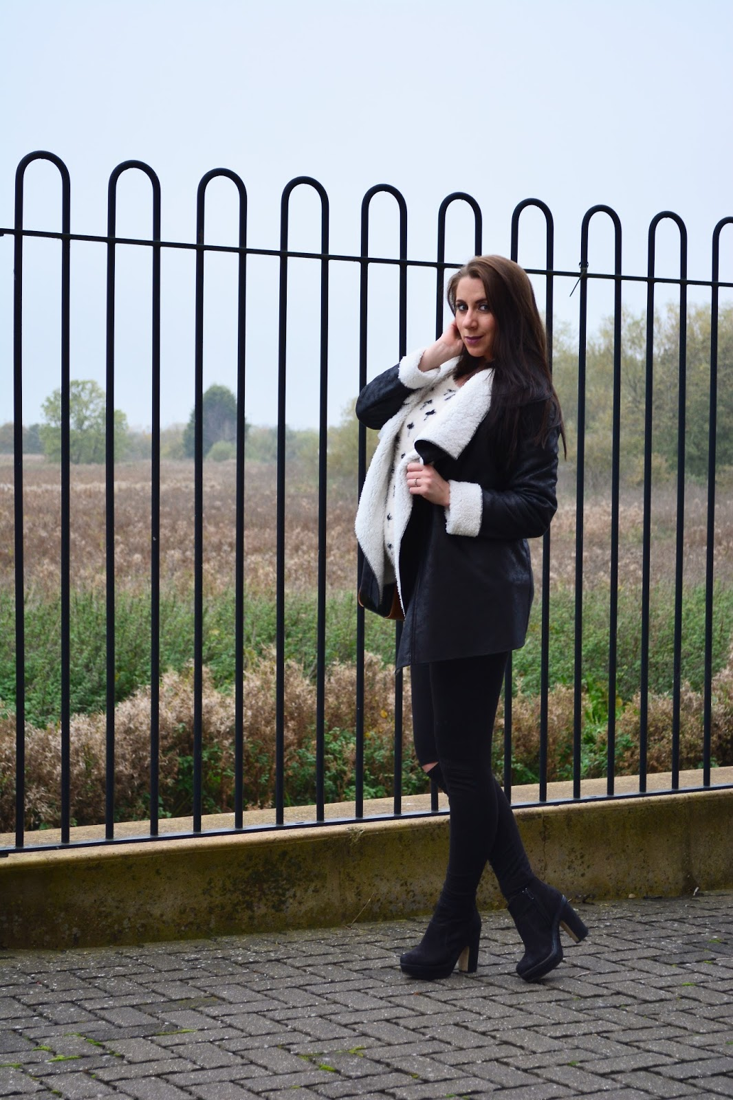 Autumn OOTD, OOTD, Izabel London, Izabel Clothing, Jumper, Waterfall Jakcet