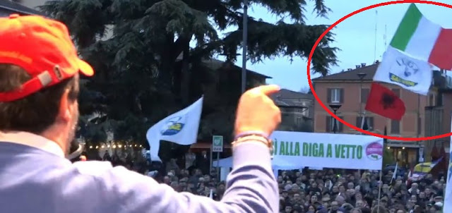 Albanian flag in election rally in Italy, Matteo Salvini: Regular Albanians are my brothers and sisters