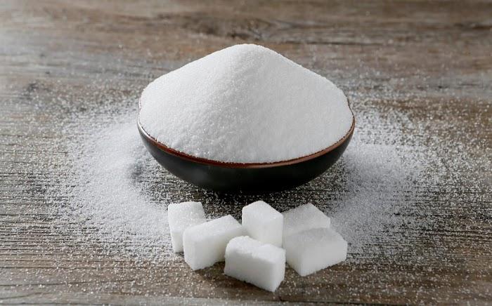4 простых шепотка на сахар, чтобы привлечь в жизнь счастье