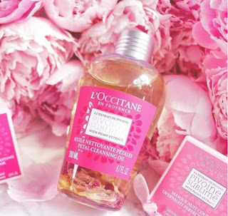 loccitane-peony-petal-cleansing-oil