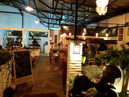 FooDrink House, Konsep Kafe Untuk Kumpul Keluarga di Depok