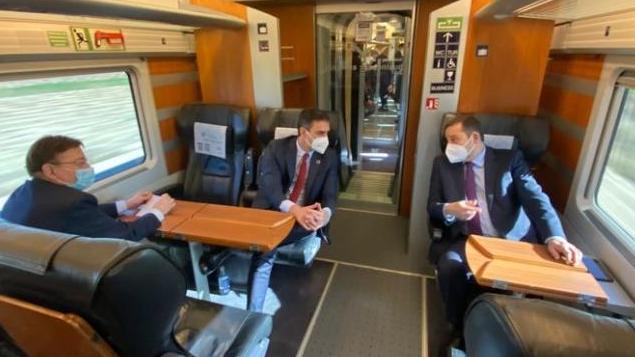 """El PPCV reprocha a Sánchez que venga a inaugurar el AVE Madrid-Orihuela: """"El país no está para esto"""""""