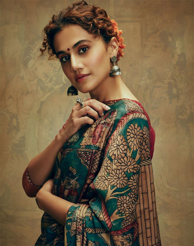 Taapsee Pannu Biography in Bengali