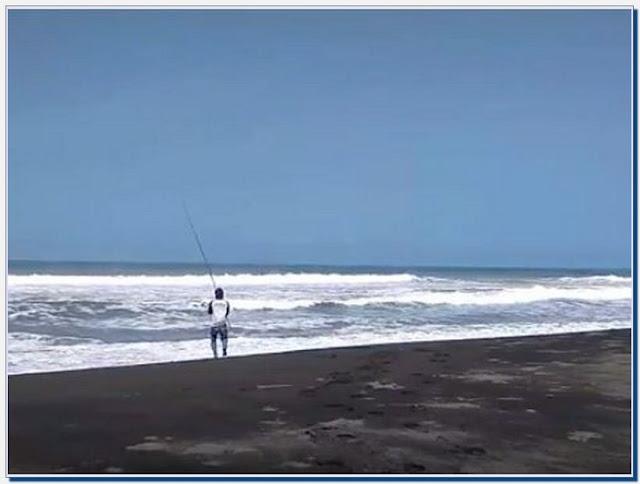 Wisata Pantai Pasir Puncu Purworejo