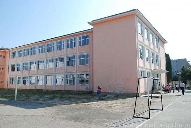 Három év kihagyás után ismét indul magyar 9. osztály nem központi iskolában Kolozsváron