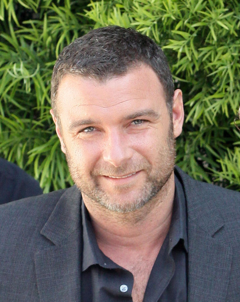 ALL ABOUT HOLLYWOOD STARS: Liev Schreiber Profile and Pics