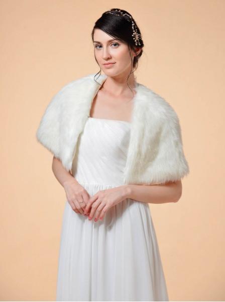 https://www.awbridal.com/calliope-faux-fur-wrap-color-ivory-awpj130u007cp-en/