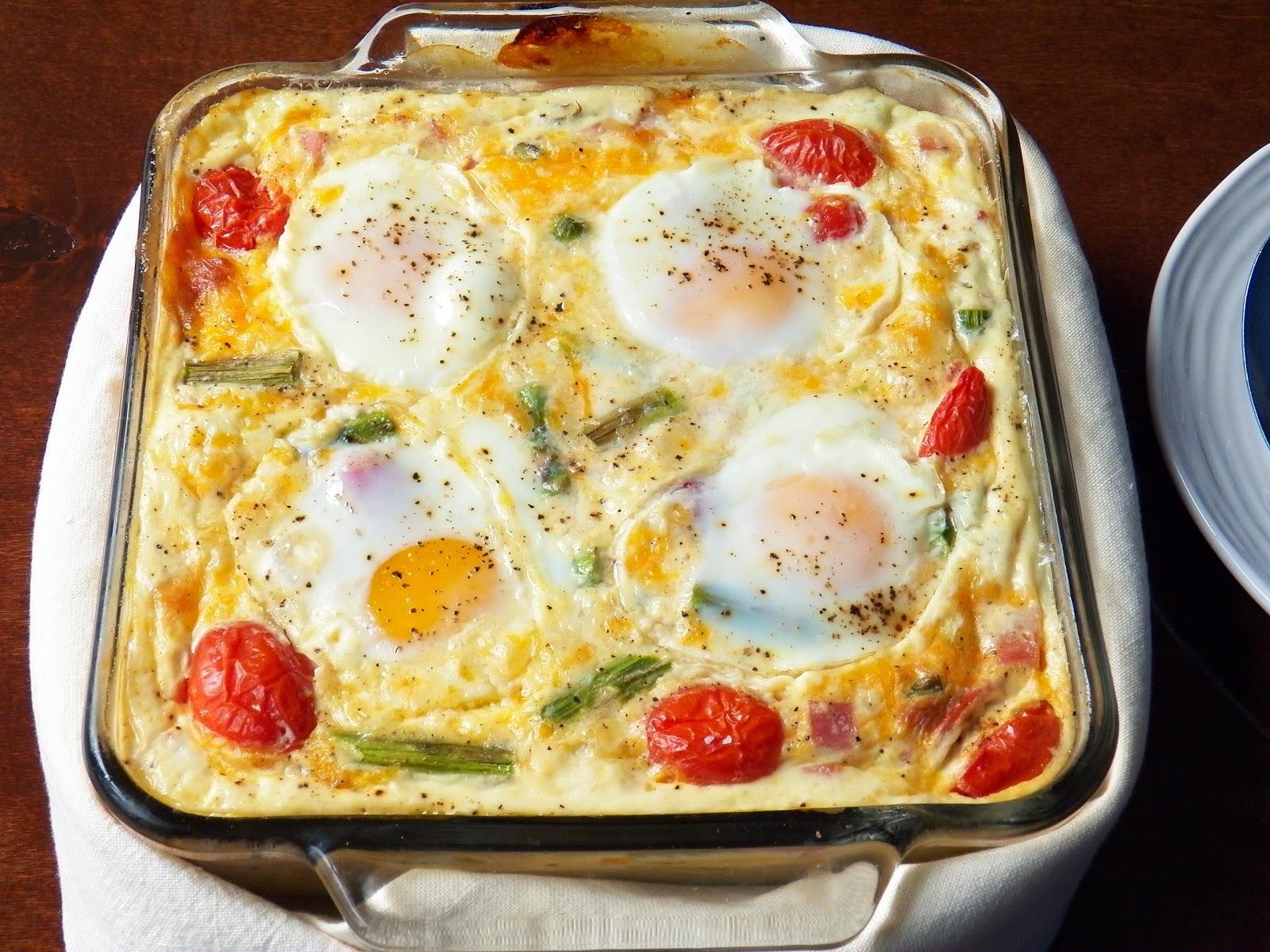Egg Ham and Asparagus Breakfast Bake