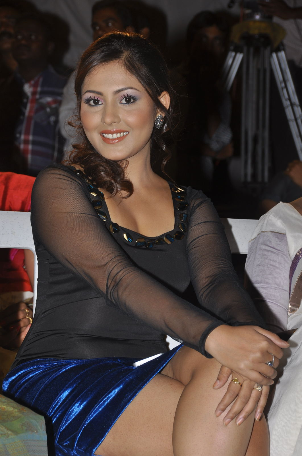 Gorgeous sparkling blooming Madhu shalini in short transparent dress latest hot photos at park audio launch