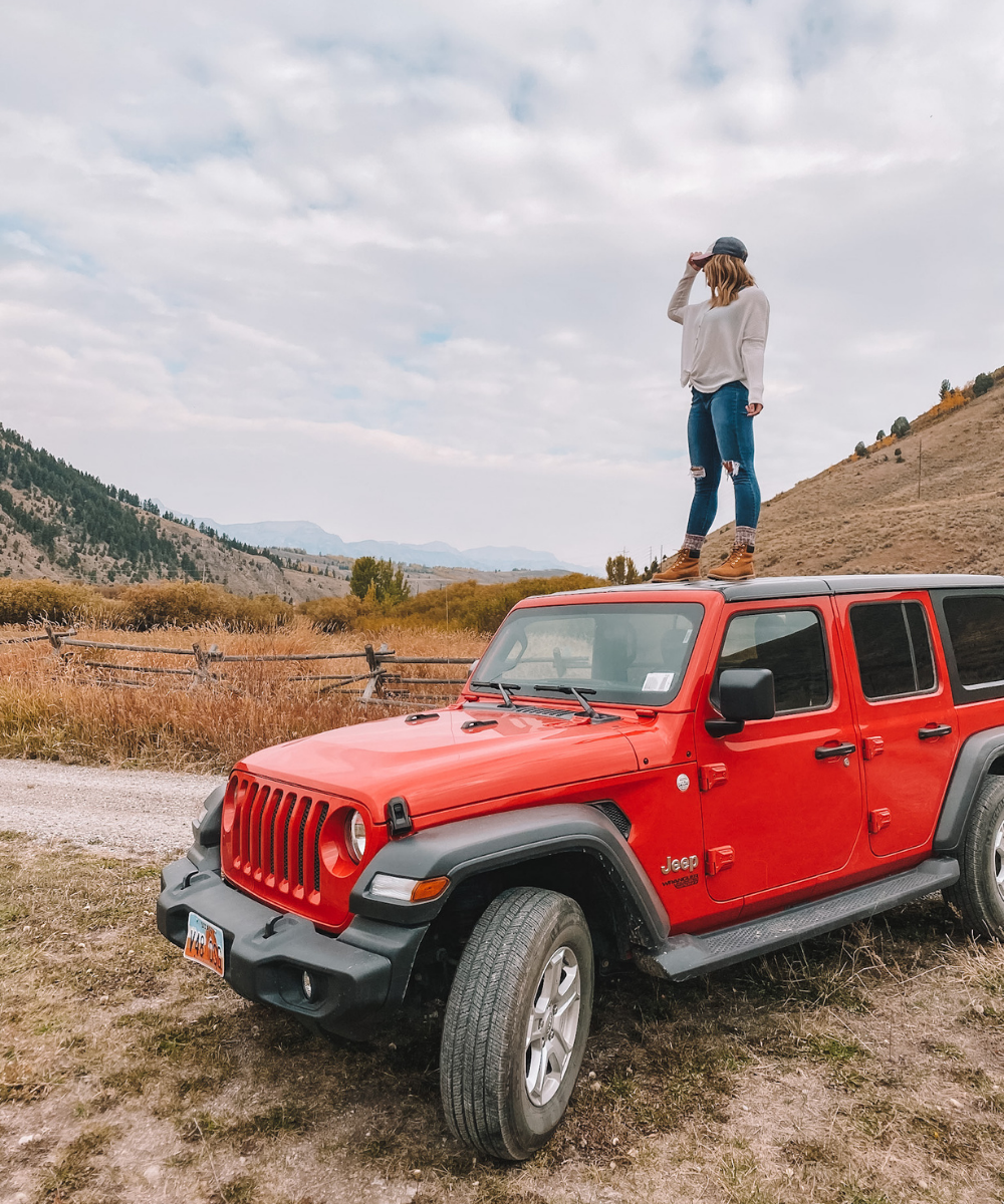 travel blogger Amanda's OK explores Wyoming from a Jeep Wrangler