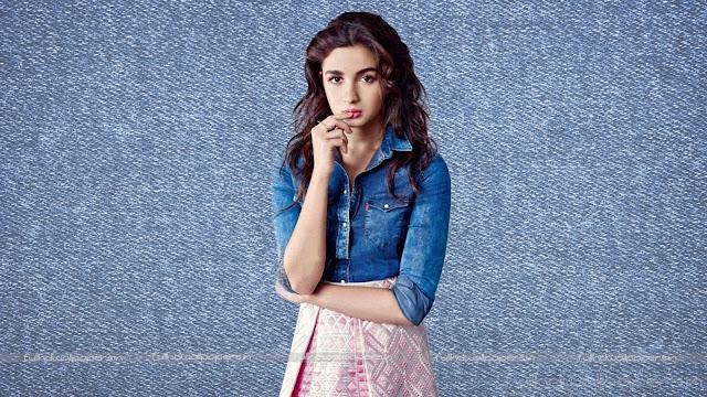 Alia Bhatt Images, Hot Photos & HD Wallpapers