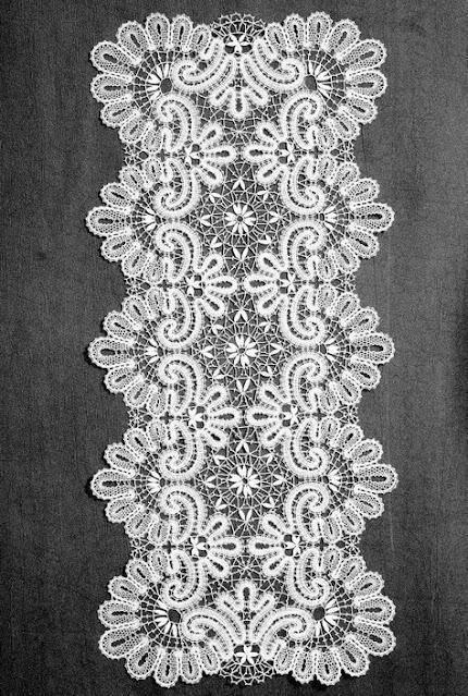 作品例を使ったブリューゲルレースの説明, Explanation of Brugel lace using work examples, 作品举例解释布鲁日蕾丝