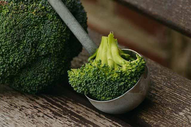 أطعمة تهيج القولون الهضمي