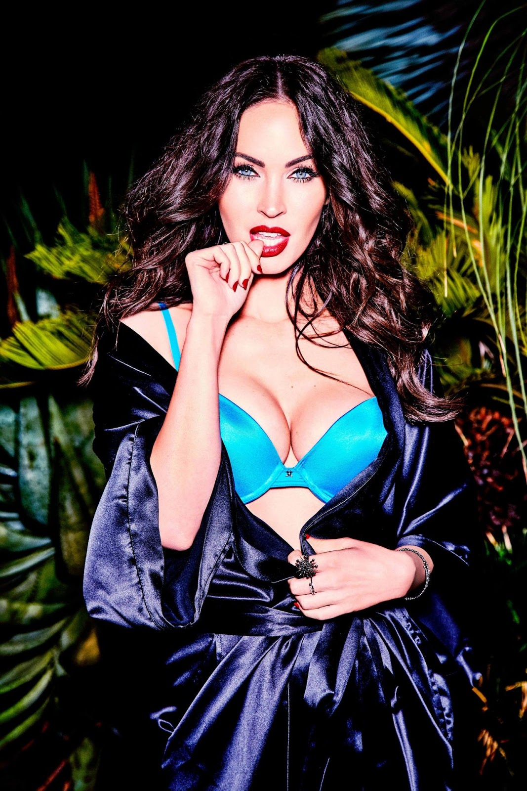 Aryana Starr Pictures Stunning hall stars wall: megan fox