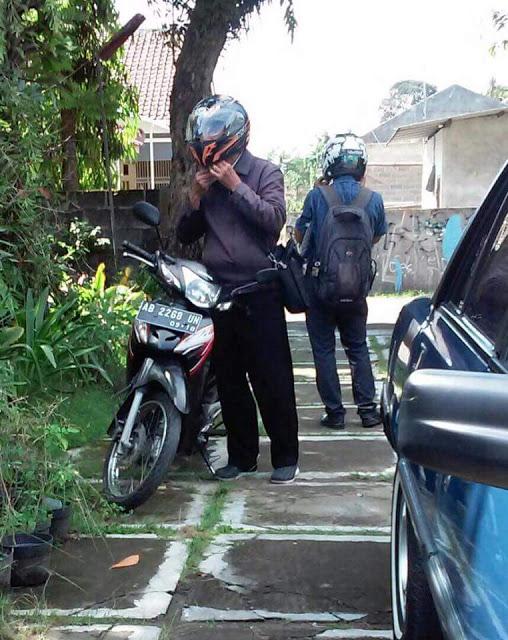 Misionaris Masuk ke Rumah Saya