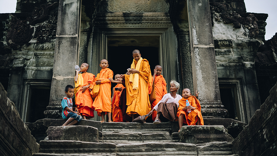 Young monks and temple
