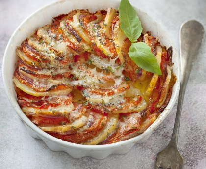 Potato and tomato gratin