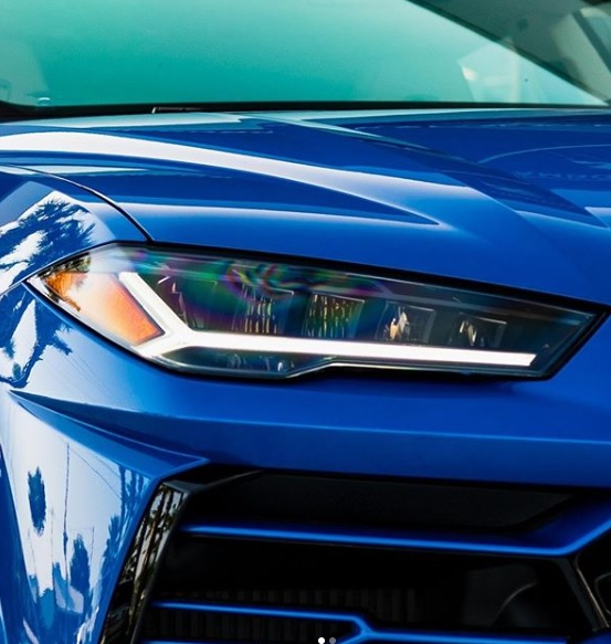 Lampu Depan Lamborghini Urus