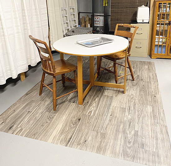 vinyl mat with table