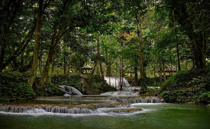 woW! Salodik Waterfall is touted as one of the most beautiful in the world and Indonesia