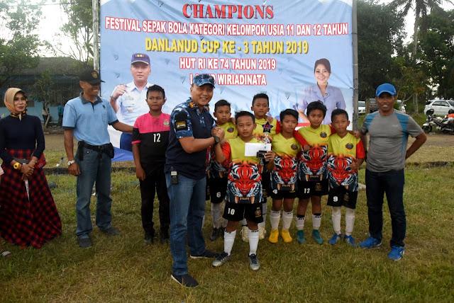 Sekolah Sepak Bola Galuh Putra Binaan Brigif Raider 13 Kostrad Raih Prestasi Di Tasik