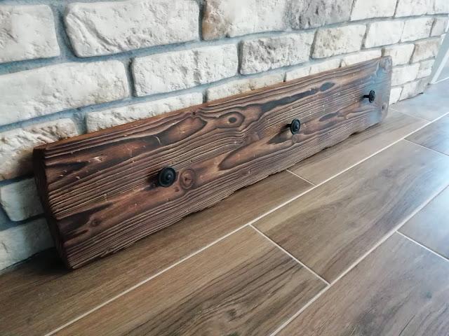 Drewniane wieszaki