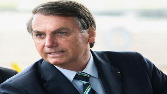 Bolsonaro edita MP que permite suspensão de contrato de trabalho por 4 meses por causa do Covid-19