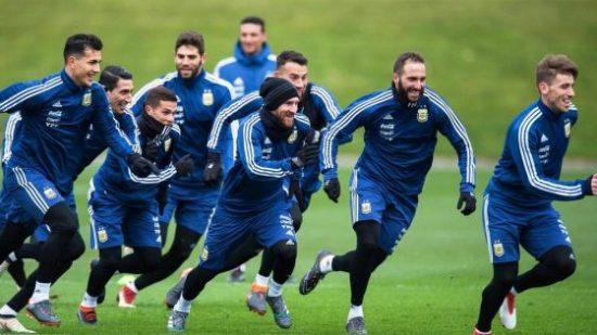 تشكيلة المنتخب الأرجنتيني أمام المنتخب المغربي