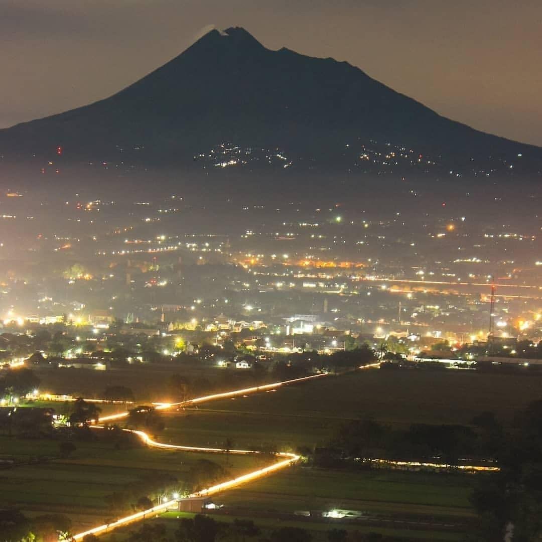 Spot Riyadi Jogja Tempat Menikmati Keindahan Kota Yogyakarta Wisatainfo