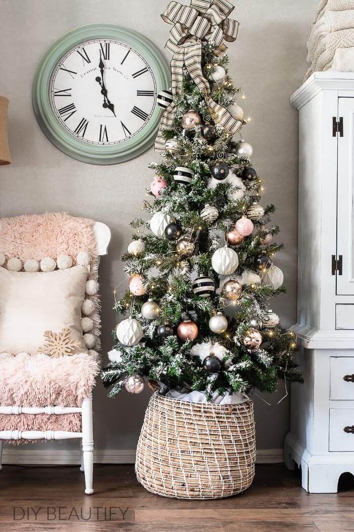 black and blush pink Christmas tree