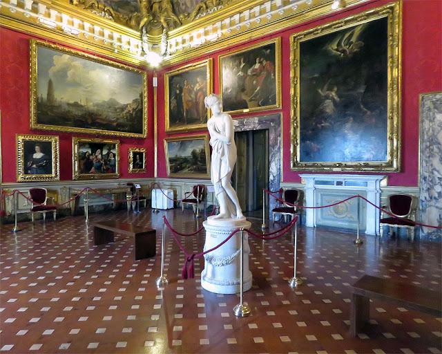 La Venere italica, The Italic Venus by Antonio Canova, Galleria Palatina,Palazzo Pitti, Florence