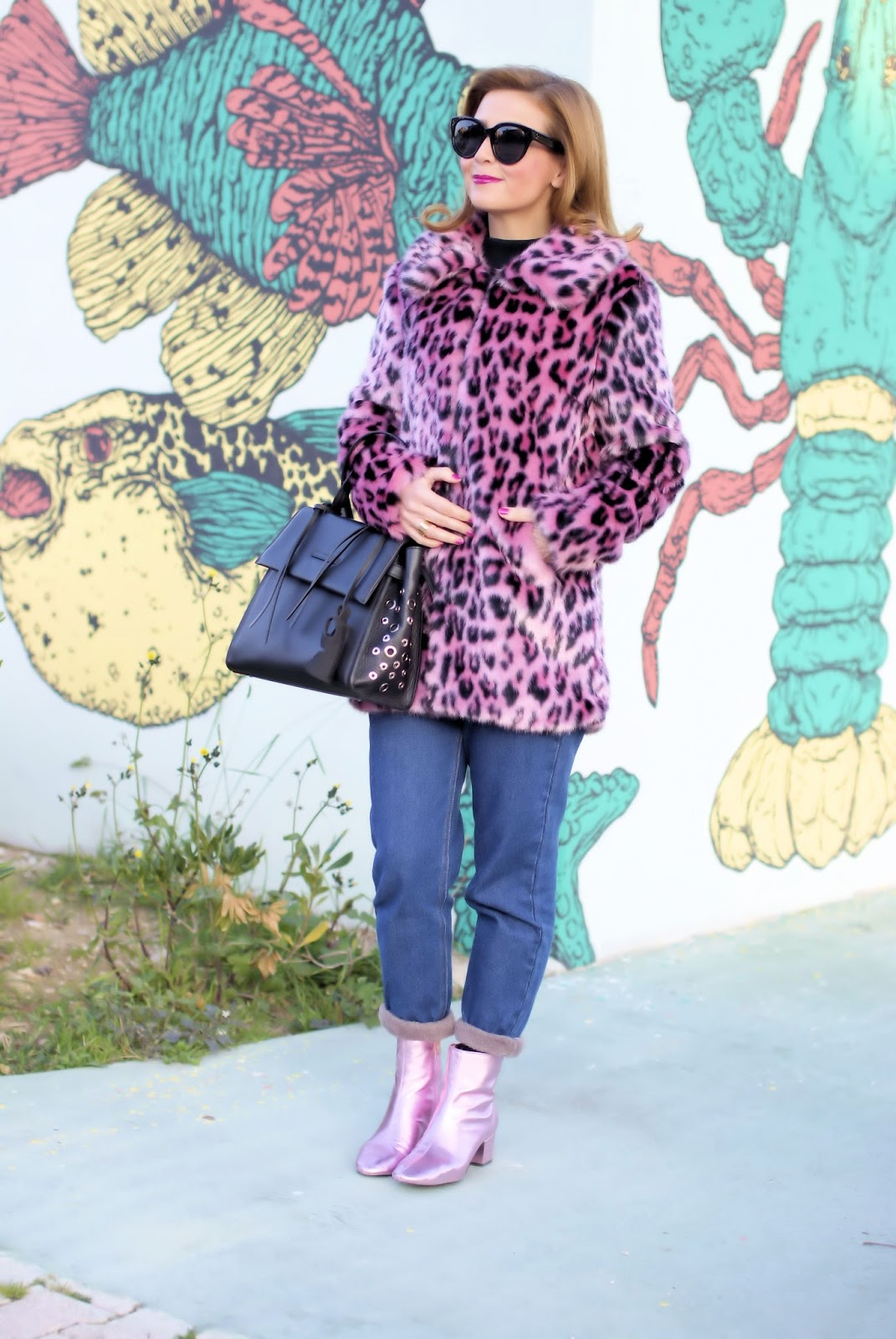 How to wear pink in the Winter: pink leopard faux fur jacket on Fashion and Cookies fashion blog, fashion blogger style