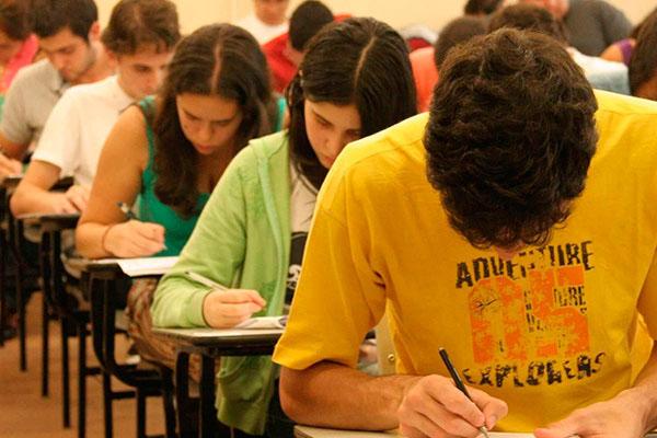 Ministério da Educação anuncia Enem para os dias 21 e 28 de novembro